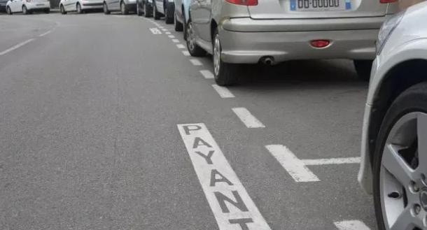 Abonnement stationnement personne à mobilité réduite sur voirie à Montpellier
